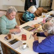 Senioren ontwerpen Badkonijn