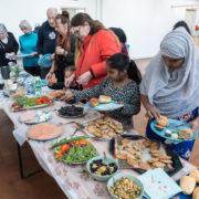 Ontbijten met buurtbewoners
